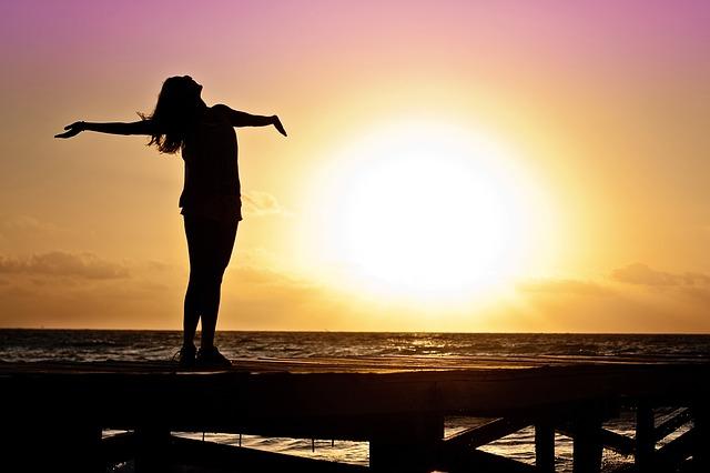 日没を女性