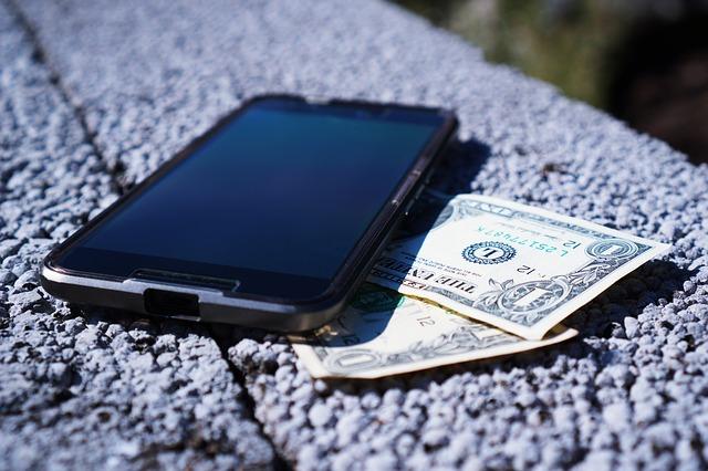 mobilephone&money